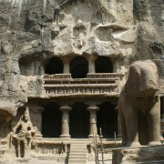エローラ石窟群の写真