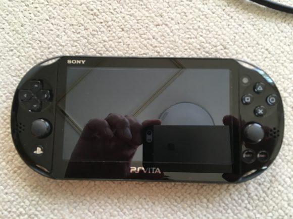PS Vita本体の表側